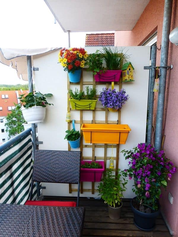 4 Small Vertical Balcony Garden Ideas Morflora