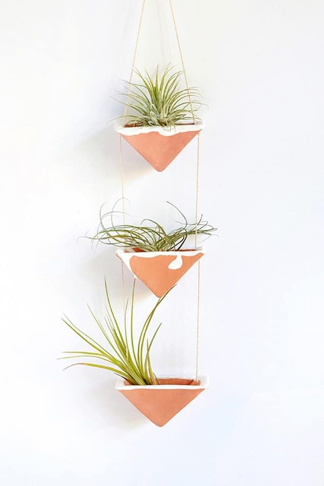 73 Hanging Planter Ideas to Try in All Seasons - MORFLORA on Hanging Plant Stand Ideas  id=91272